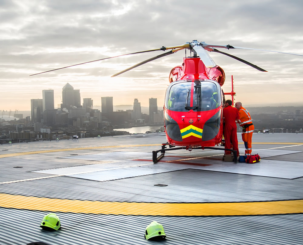 London's Air Ambulance in action